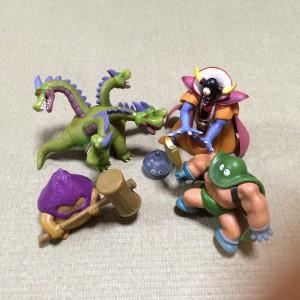 私も子供の頃ドラゴンクエストに夢中でした。